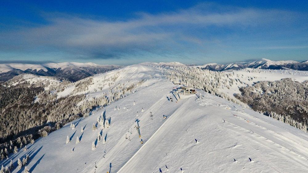 Lyžiarska zábava na zjazdovkách lyžiarskeho strediska PARK SNOW Donovaly - © PARK SNOW Donovaly