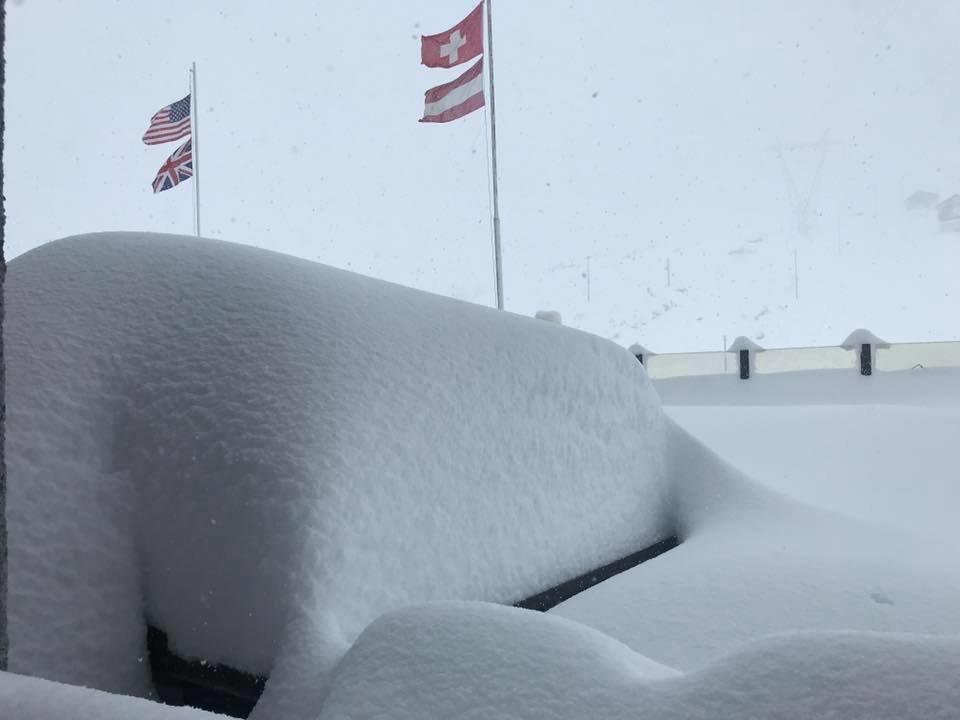 Besonders viel Schnee fiel am Stilfser Joch (ITA) - © FacebookPirovano Stelvio Facebook