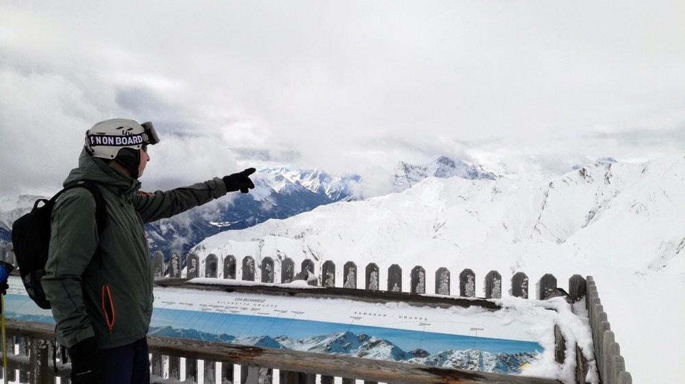 Przy dobrej pogodzie z punktu widokowego na szczycie Pezid (2770 m n.p.m.) rozciąga się piękna panorama Alpy w Austrii, Południowym Tyrolu i Szwajcarii. - © Tomasz Wojciechowski