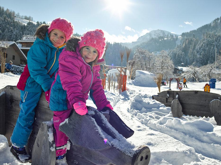Kinder haben Spaß in der SkiWelt Wilder Kaiser-Brixental - © SkiWelt Wilder Kaiser-Brixental, Fotostudio West