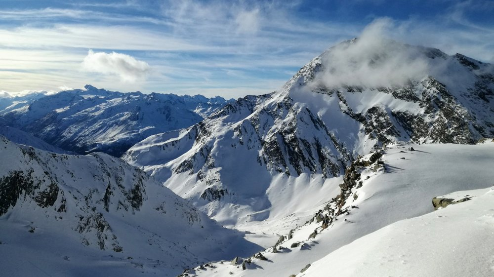 Widok z lodowca Stubai w kierunku Soelden - 1.12.2018 - © Tomasz Wojciechowski