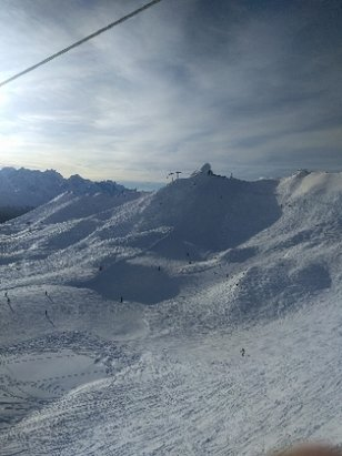 Verbier - last snow on Sunday 23rd. Thursday b27th still good. a bit of off piste is still doable - © vidou 89