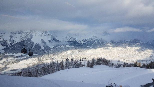 Ellmau - SkiWelt - Sehr viel Neuschnee. Gut zu fahren, doch bilden sich sehr schnell Buckelpisten. - © Anonym