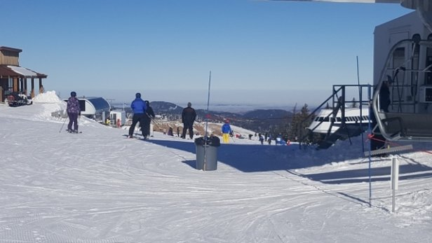 Terry Peak Ski Area - Bluebird Saturday  - © Mtnequipage