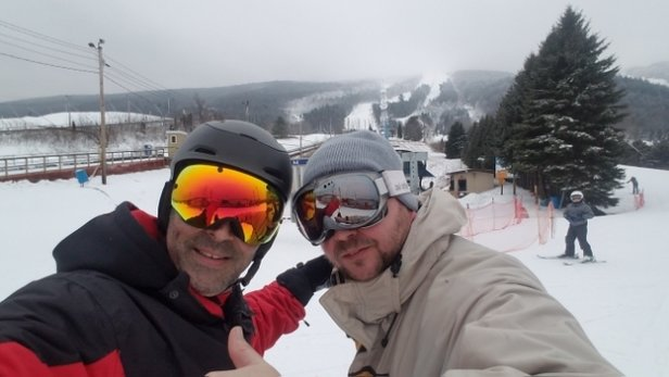 Blue Mountain Resort - at blue yesterday  great work to the folks who work there for getting the mtn coverd.. was there 2 weeks ago and a big difference great day yesterday thanks blue... - © plumber31
