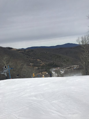 Cataloochee Ski Area - Crowded and warm day but enjoyable  - © Kurt's iPhone