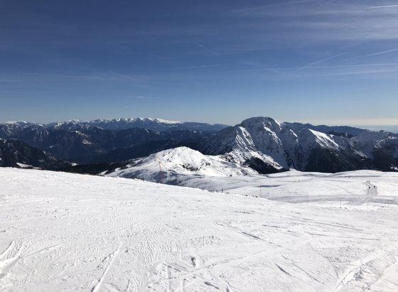 Maniva Ski - Piste perfette! Grande nevicata oggi! - © iPhone7