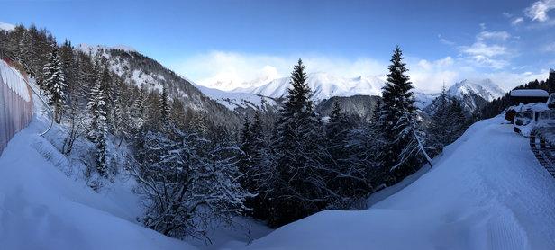 Colere - Stupendo come sempre dopo una bella nevicata. Il regno del fuoripista! - © iPhone 7