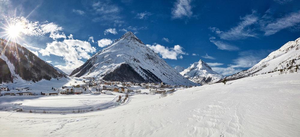 Dorf Galtür mit der Gorfenspitze - © © TVB Paznaun - Ischgl