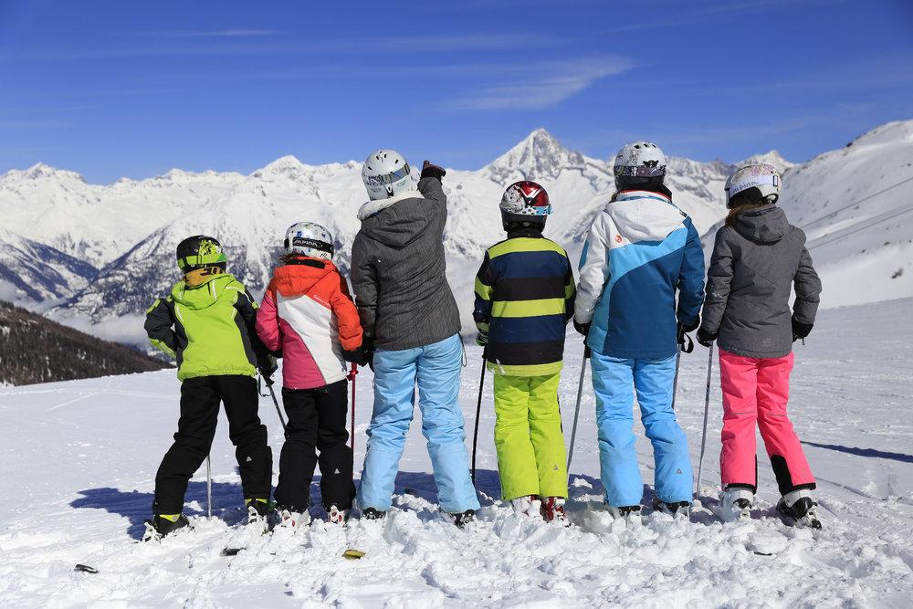 Unterbächs Skigebiet ist familienfreundlich - © Unterbäch Tourismus