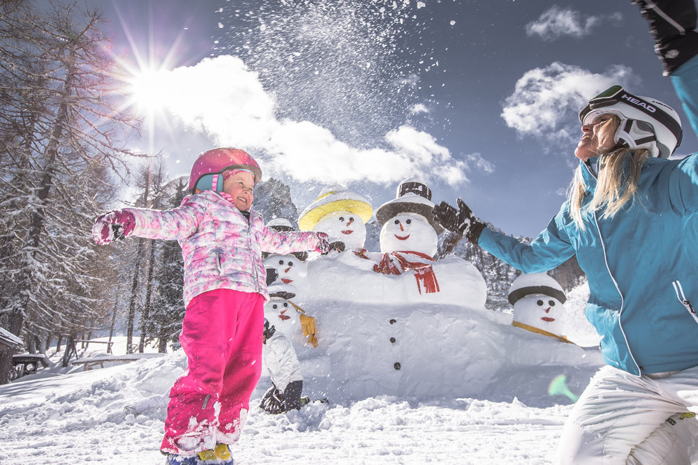 Familie im Skigebiet 3 Zinnen - © 3 Zinnen Dolomites | Kottersteger