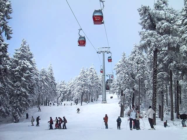 Busy slopes at Braunlage, Germany.