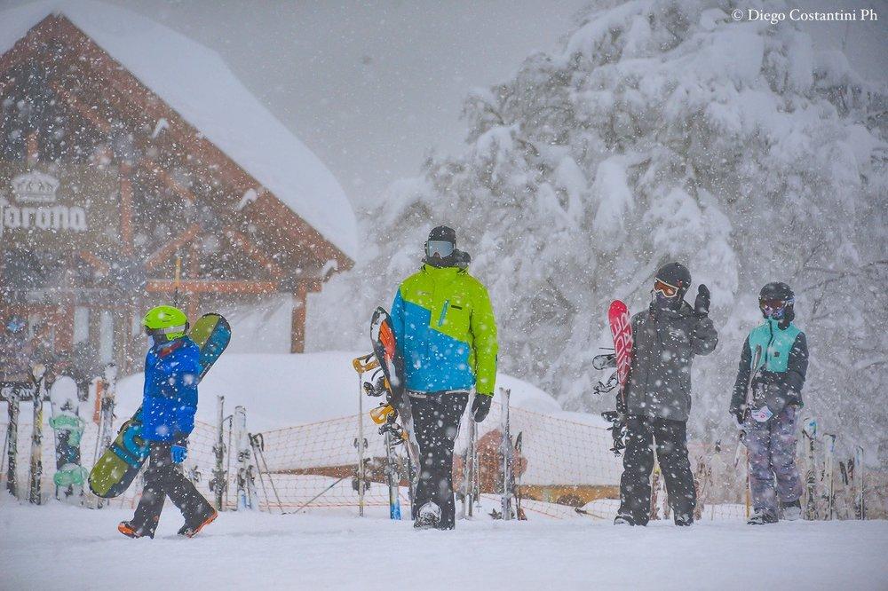 Kräftiger Schneefall in Chapelco, Argentinien - © Facebook Cerro Chapelco
