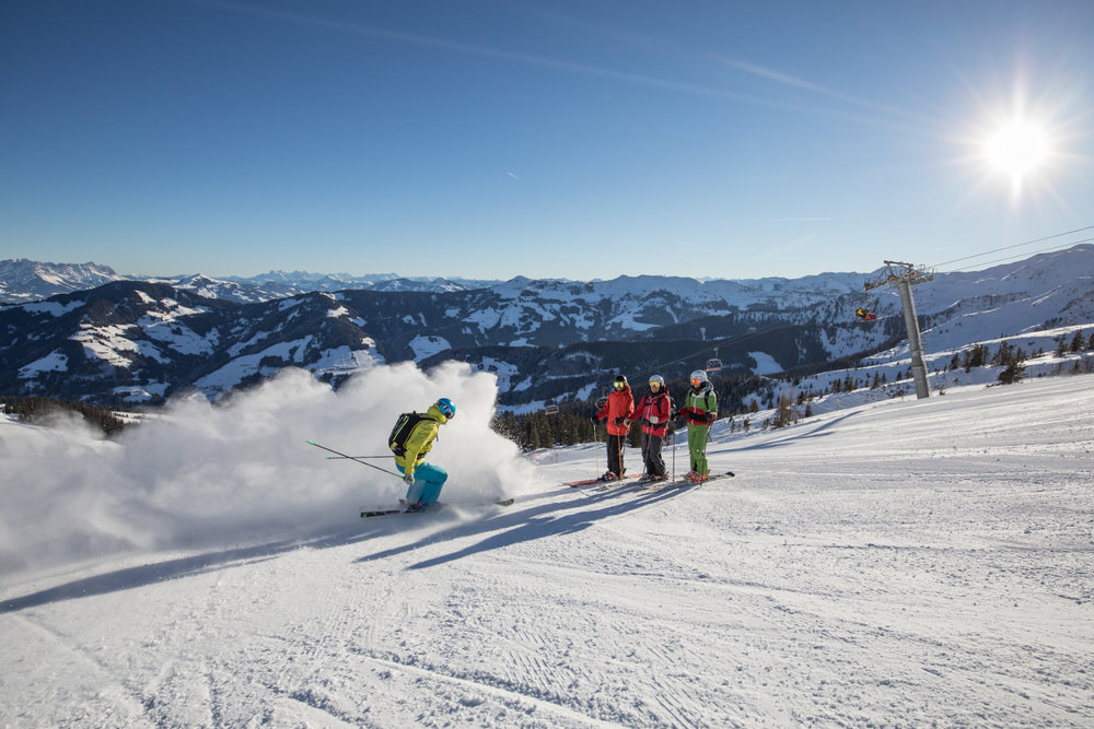 Snowboarder am Hohen Krippenstein - © Leo Himsl