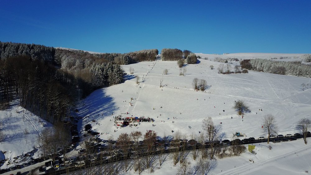 Skigebiet Zuckerfeld - © https://zuckerfeld.de
