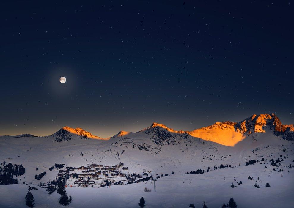 Belle Plagne full moon - © La Plagne/O-Allamand