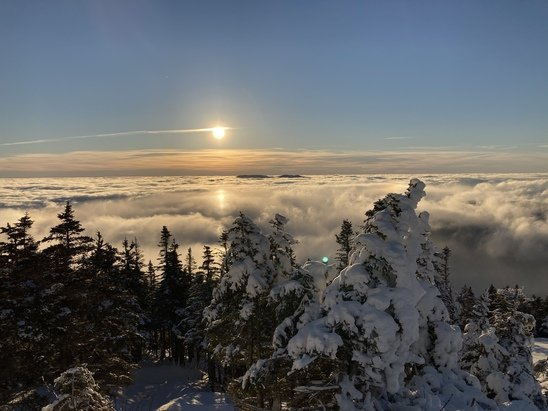 Stowe Mountain -  Beautiful sunrise over the inversion this morning.   Typical east coast hardpack.  Ok in the morning but just dangerous by afternoon.   - © Anonymous