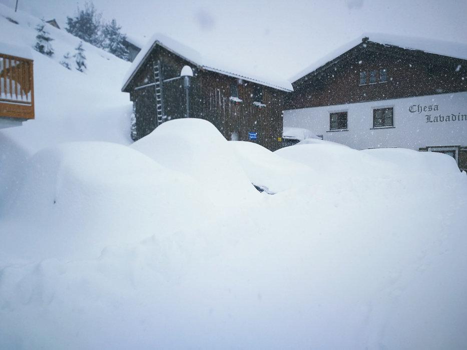 Die Autosuche in Stuben gestaltete sich am Morgen des 05.02.2020 durchaus schwierig - © Facebook Stuben am Arlberg