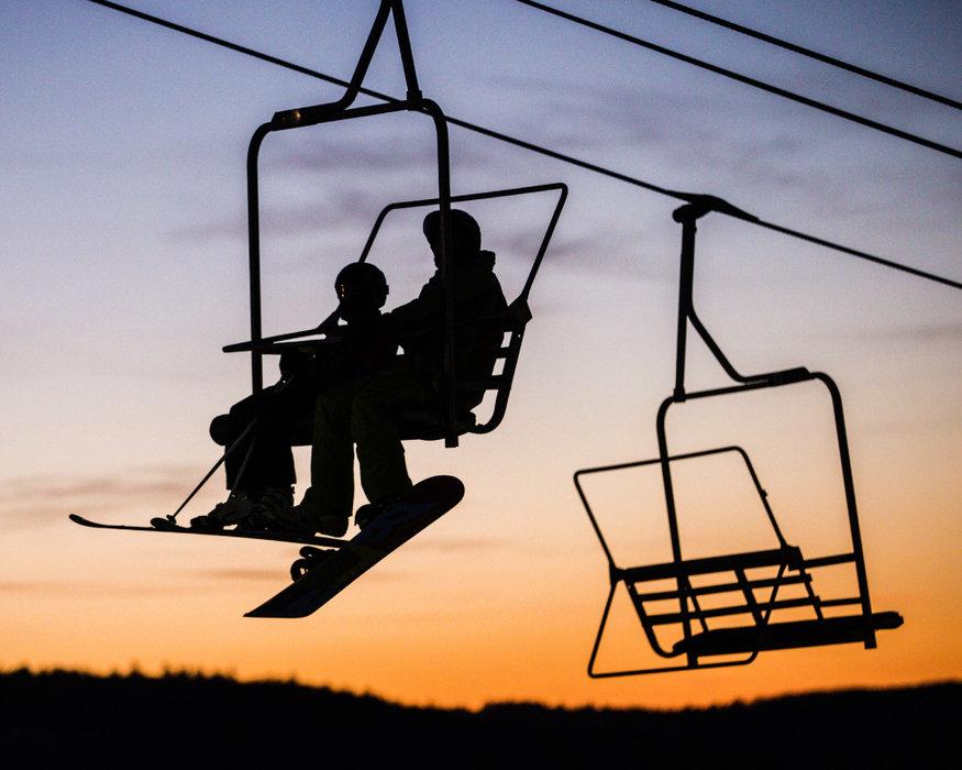 Sunset in Ski Sundown - © Ski Sundown