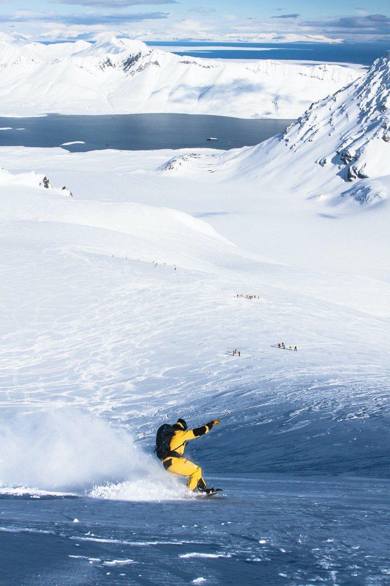 Splitboarding in Svalbard - © Tristan Kennedy