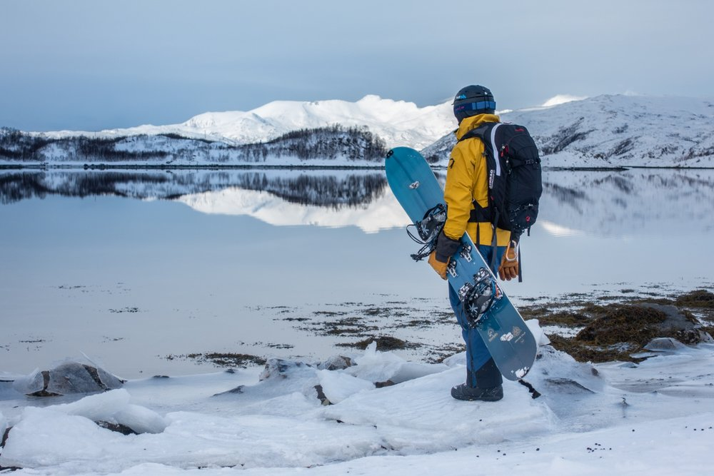 Splitboarding in Tromsö - © Tim Van Houtteghem - True North Adventures