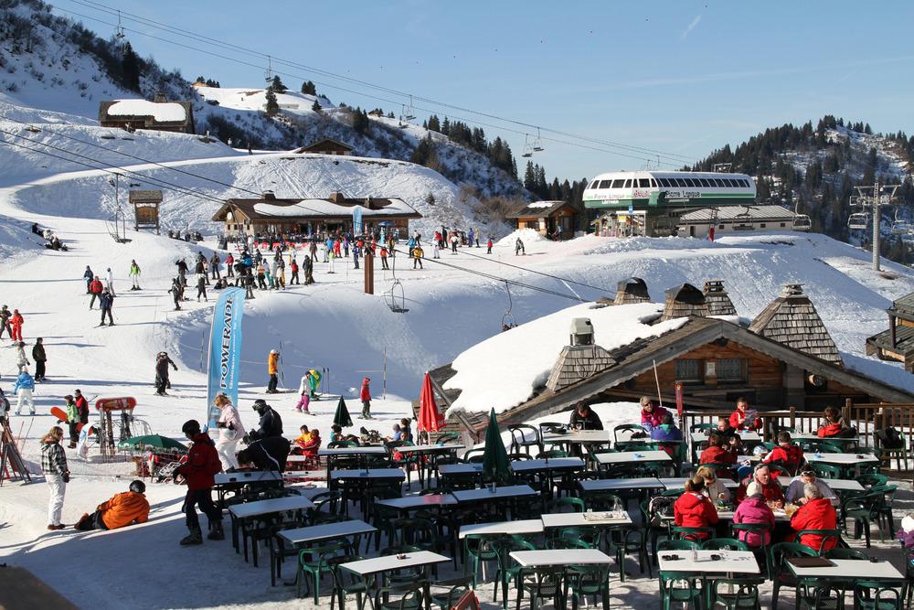 Skiing at Châtel, France Montagnes - © Jean-Francois Vuarand - Châtel Tourisme