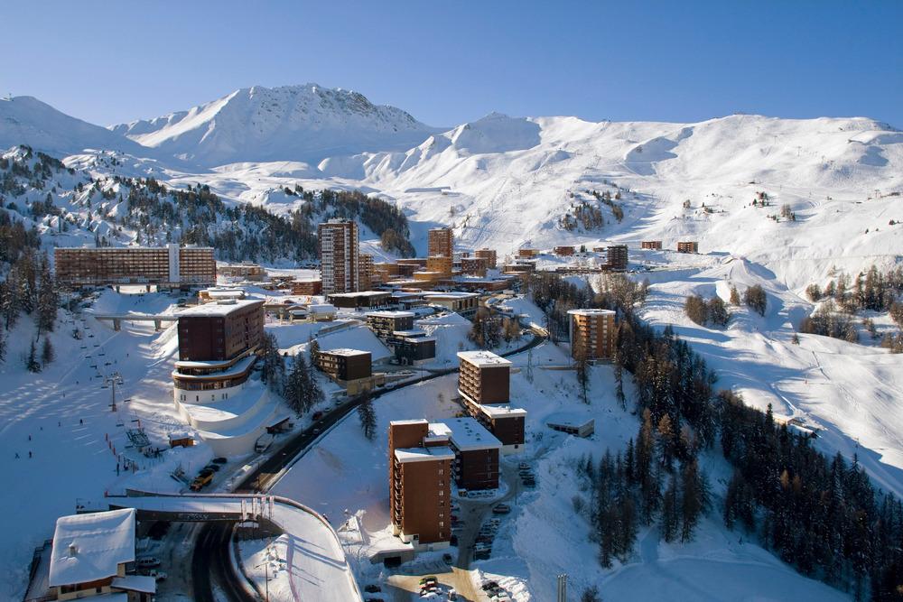 Plagne Centre - mitten im Skigebiet gelegen - © Elina Sirparanta