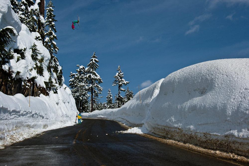Kc Deane skiing at Mt. Baker - © Grant Gunderson