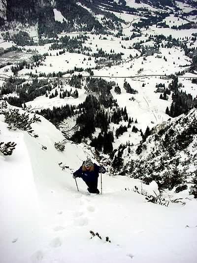 Anstieg zum Kühgund im Tal Oberjoch - © XNX GmbH