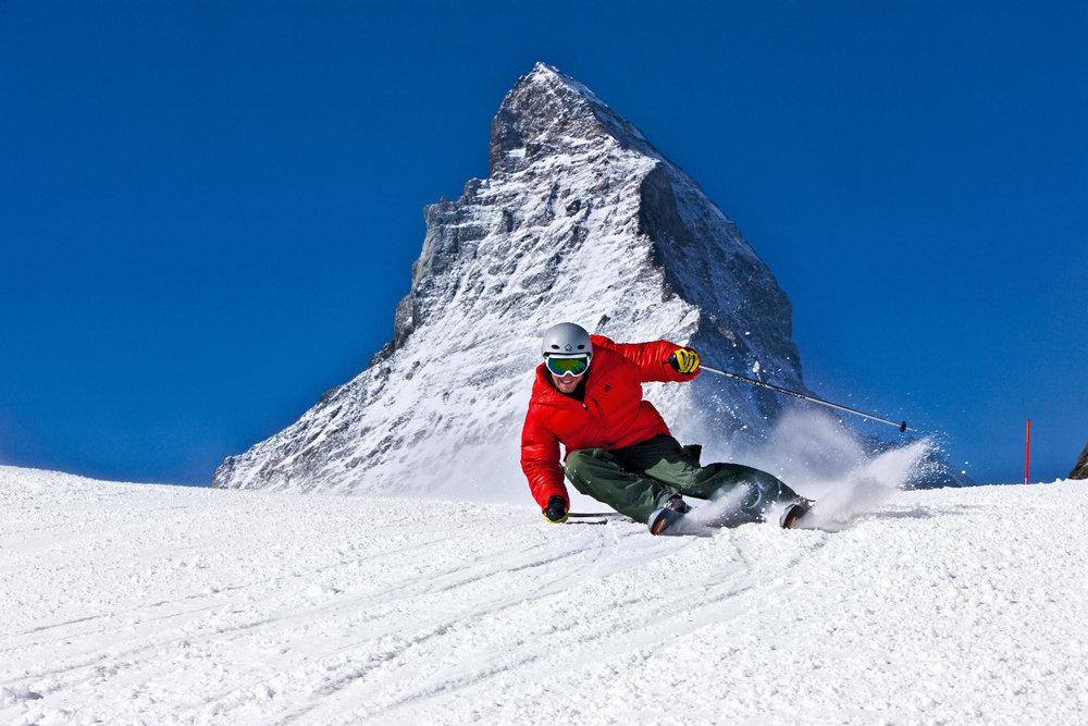 Zermatt is een bij Nederlanders geliefde Zwitserse skibestemming - © swiss-image.ch / Christof Sonderegger