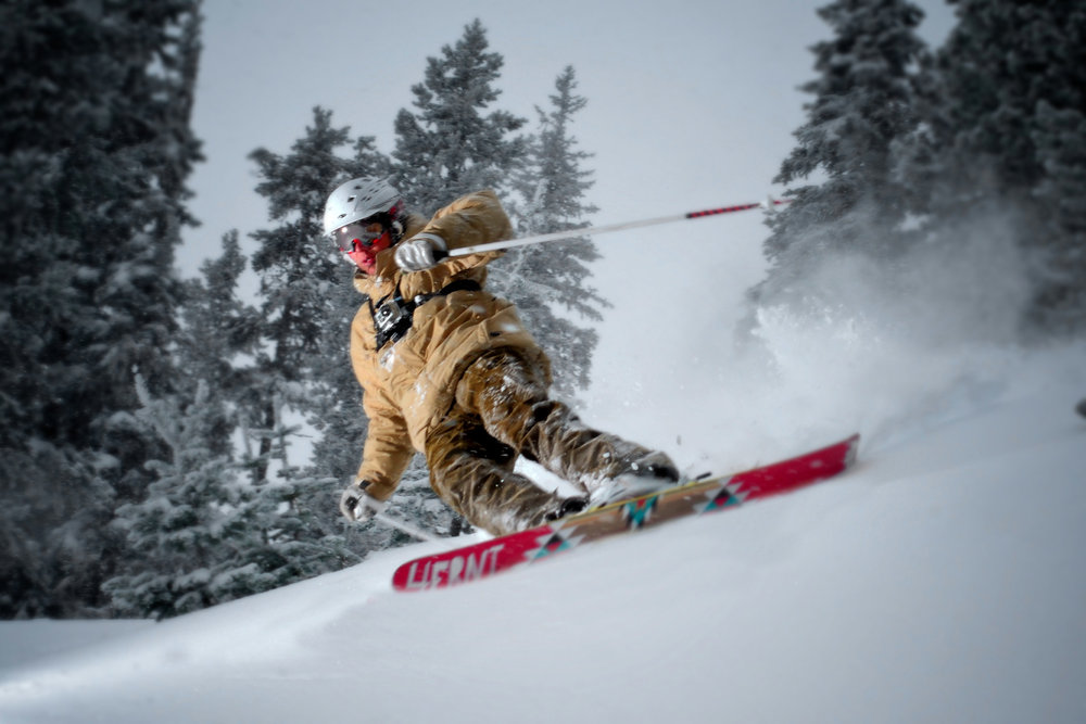 Carving skier at Anthony Lakes.  - ©Paul Clark/Black and Red Photography