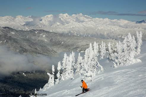 A blue sky day at Whistler Blackcomb. - ©Mitch Winton/Coastphoto.com