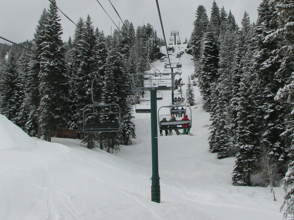 Chairlift at Tamarack Resort, Idaho.  - ©Brent/Flickr