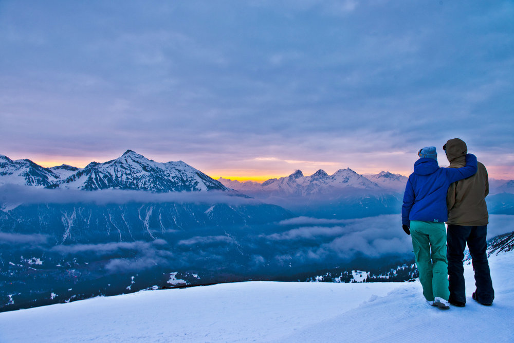 A couple of early birds at the start of a new day in Lenzerheide - ©Graubünden Ferien