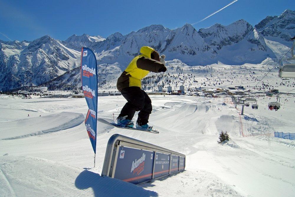 Passo Tonale -  Freestyle del comprensorio Adamello Ski - © Adamello Ski