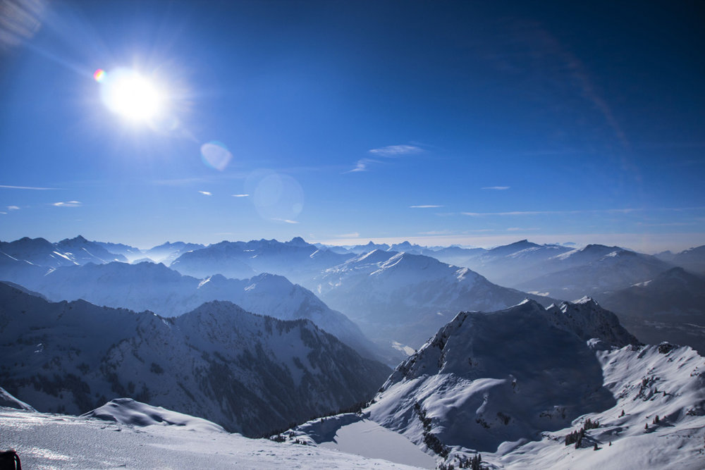 Spectacular views of 400 peaks from Oberstdorf - Nebelhorn, Germany - ©Frieda Knorke