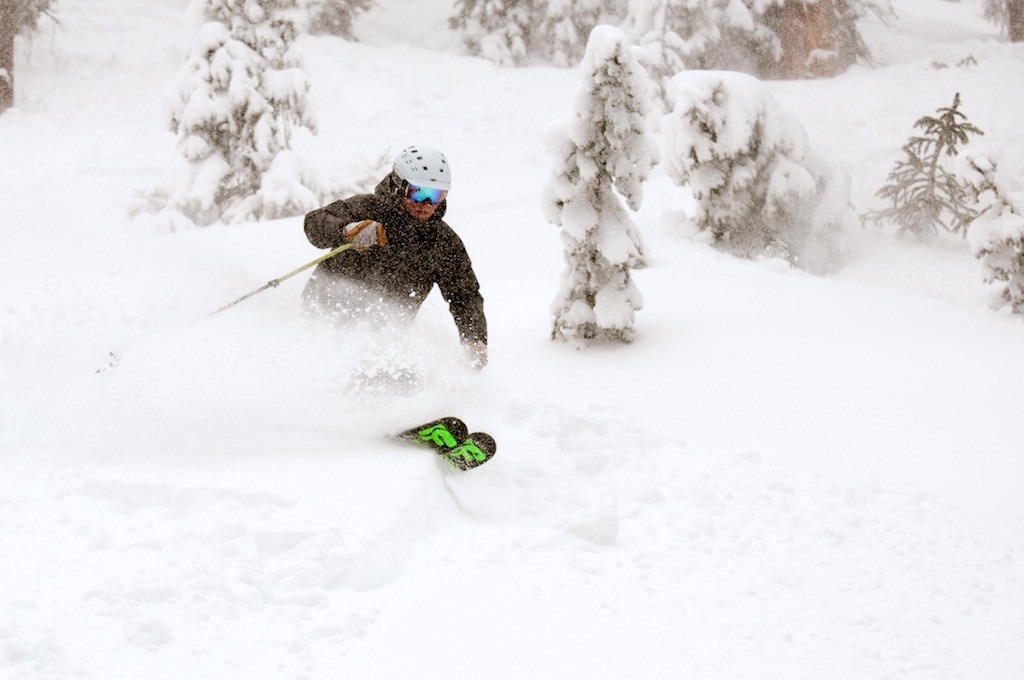 Mountain Nomads Owner Eric Rasmussen shreds some Wolf Creek powder. - © Josh Cooley