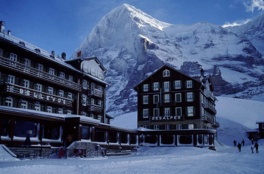 Hotel Bellevue des Alpes in front of the Eiger, Grindelwald - ©Scheidegg Hotels