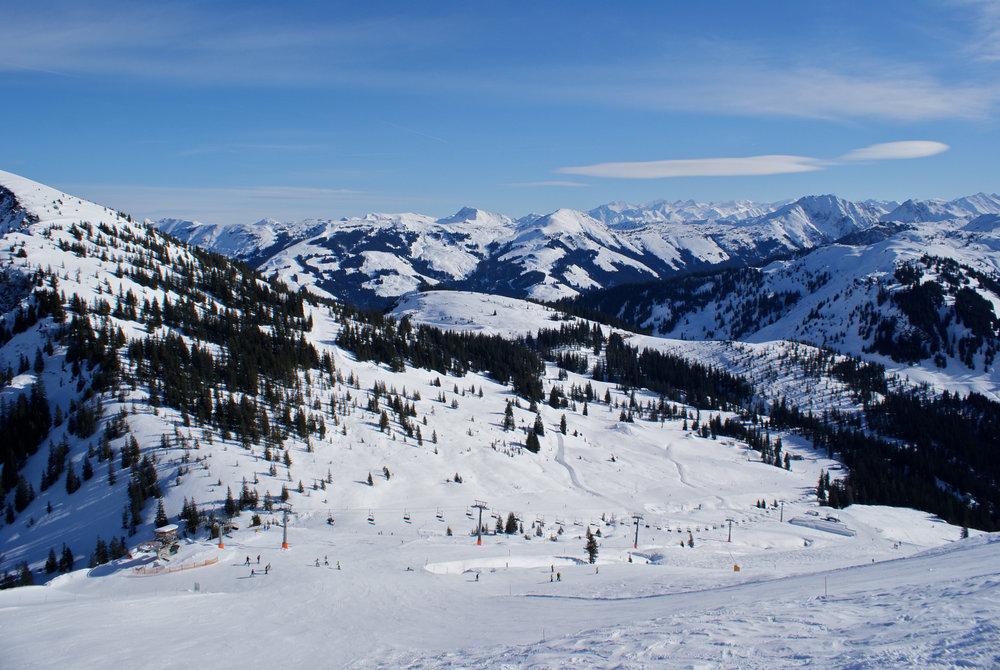 Im Skigebietsteil Westendorf finden sich einige Freeride Strecken und auch der Boarders Playground - © Gernot Schweigkofler