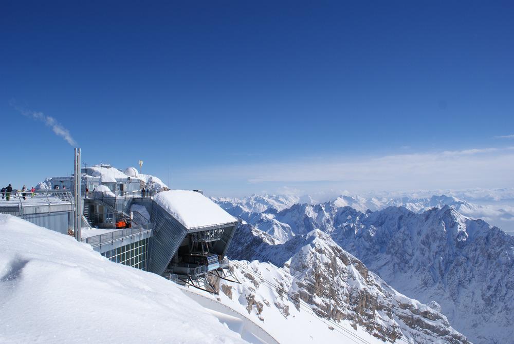 Die Gletscherbahn verbindet den Gipfel mit dem Gletscher und dem Skigebiet - © Gernot Schweigkofler