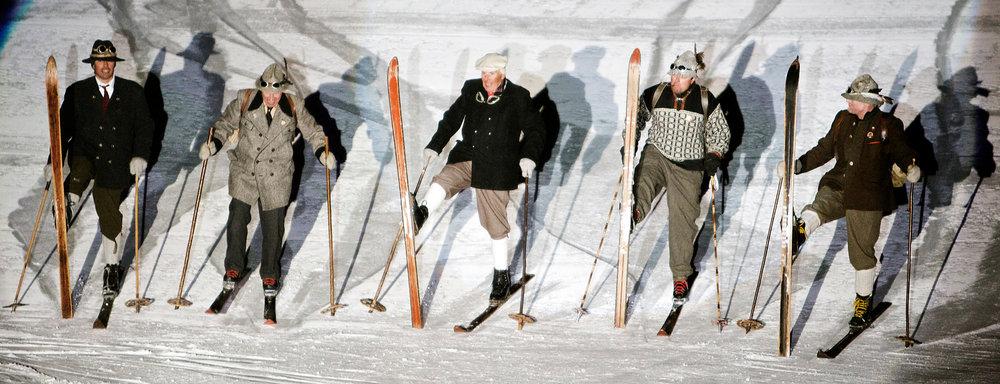 "Historical Self-Esteem: Nostalgic skiing show ""Schneetreiben"" in St. Anton's world championship stadium. - © TVB St. Anton am Arlberg"