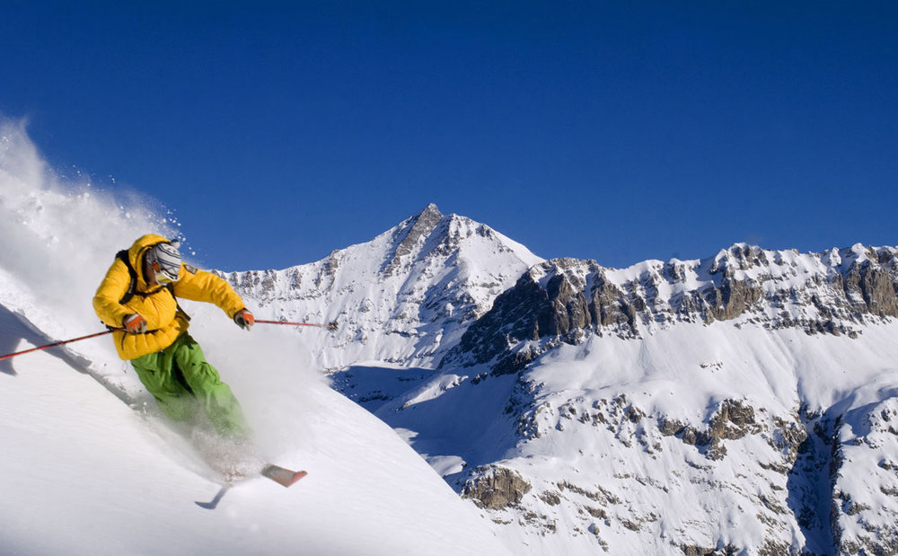 Enjoy a full off-piste adventure in Val d'Isere - © Val d'Isere