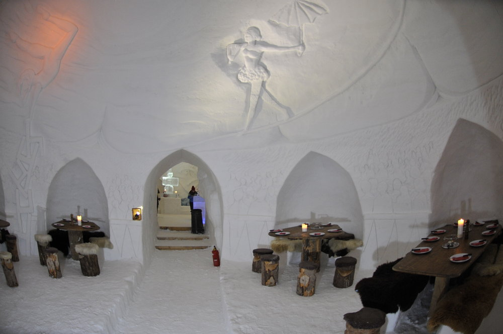 sleeping on snow igloos tents ice hotels onthesnow. Black Bedroom Furniture Sets. Home Design Ideas