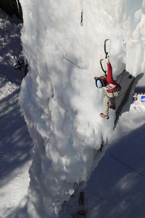 French ice climber Stephanie Maureau. Courtesy of La Plagne - © La Plagne