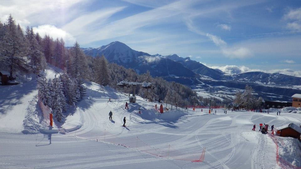 Sun and fresh snow at Chaillol - ©Champsaur Gliss