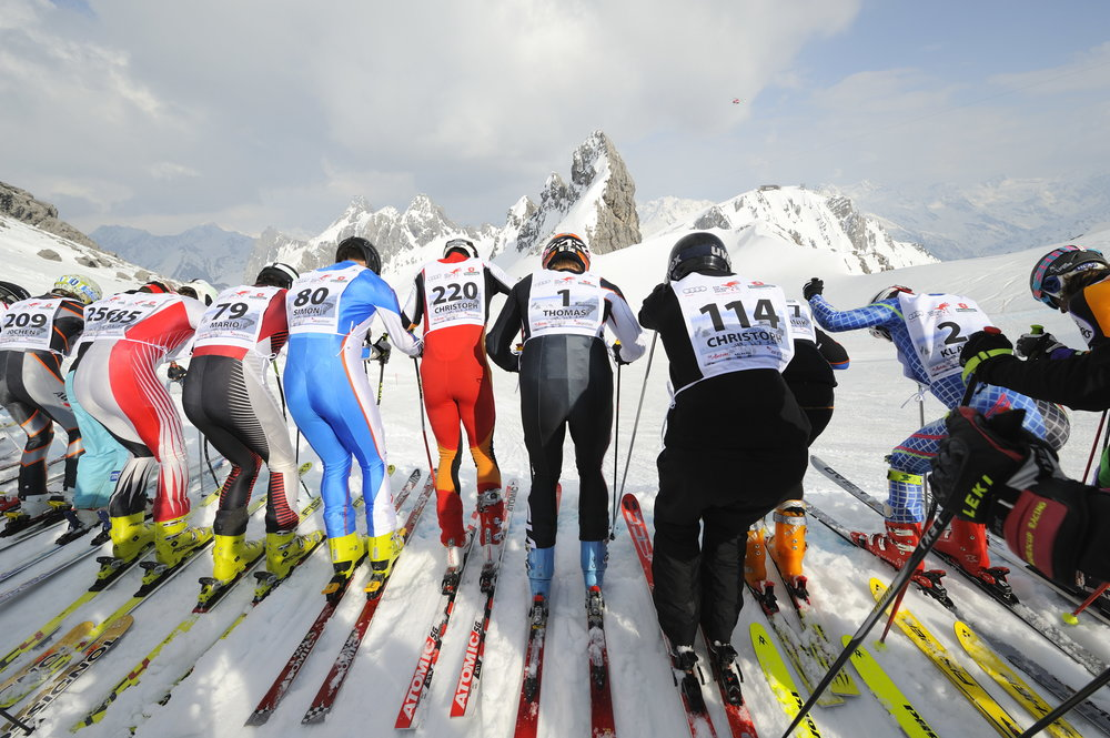 White Thrill race: before the mass start at Arlberg's Valluga crest. - © TVB St. Anton am Arlberg / Fotograf Josef Mallaun