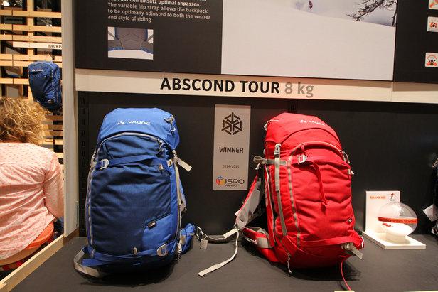 Vaude hat 2014/2015 erstmal Lawinenairbag-Rucksäcke im Portfolio, und zwar den ABscond Flow (22+6 Liter) und den ABScond Tour (36+4 Liter)