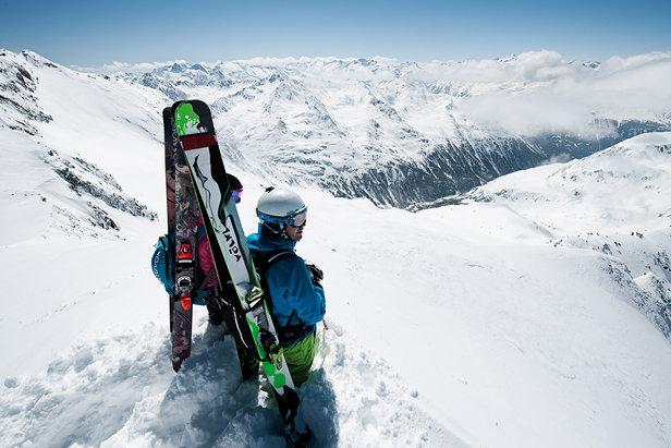 Sciare fuoripista: consigli tecnici per divertirsi senza rischi- ©Tourismusverband Stubai Tirol