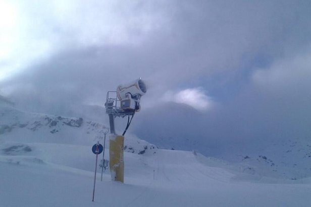Vallnord, Andorra awaits its first skiers this morning (Dec. 5, 2014)