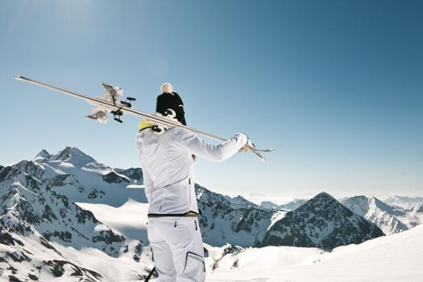 S jarním balíkem ′Jeden zadarmo′ získáte na Stubai den lyžování navíc ©Corinna Heim